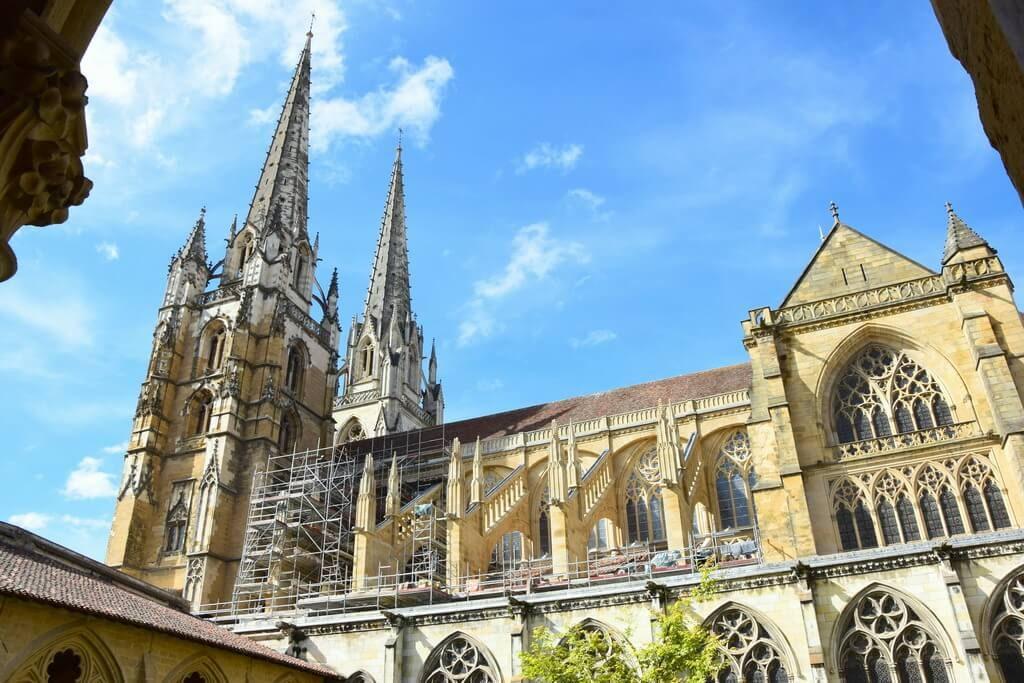 Que voir à Bayonne Aquitaine France : le cloître de la cathédrale
