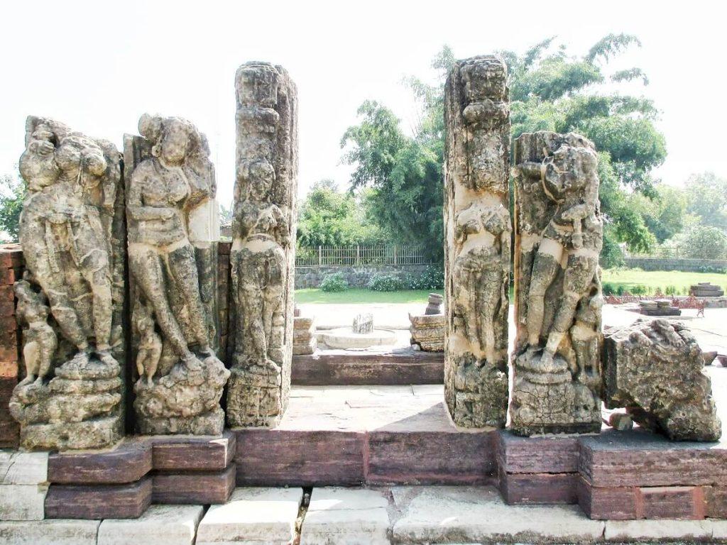 Quoi voir à Sirpur Chhattisgarh le temple de Baleshwar