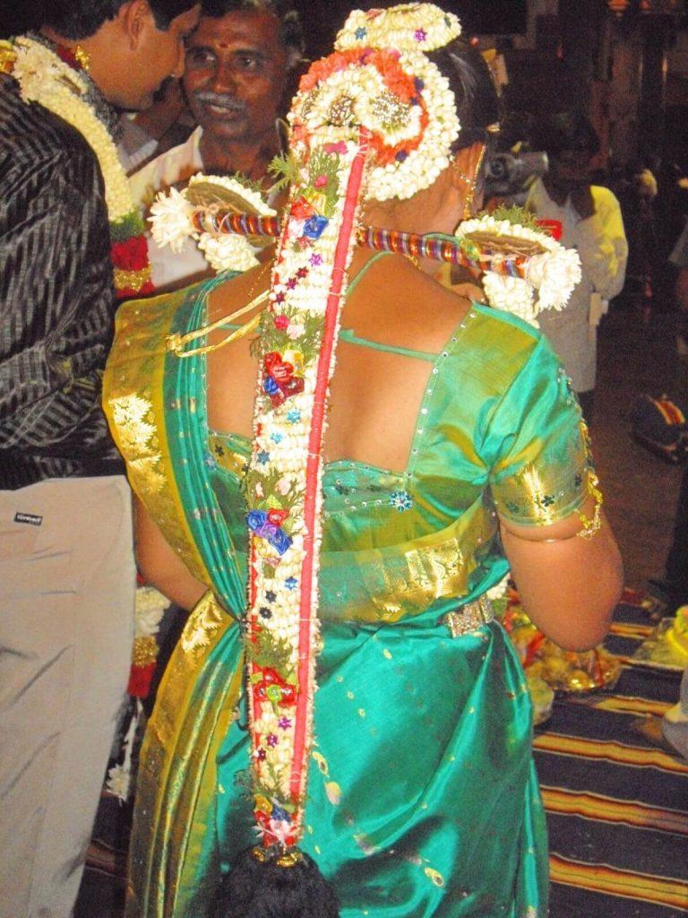Coiffe de fiancée en Inde