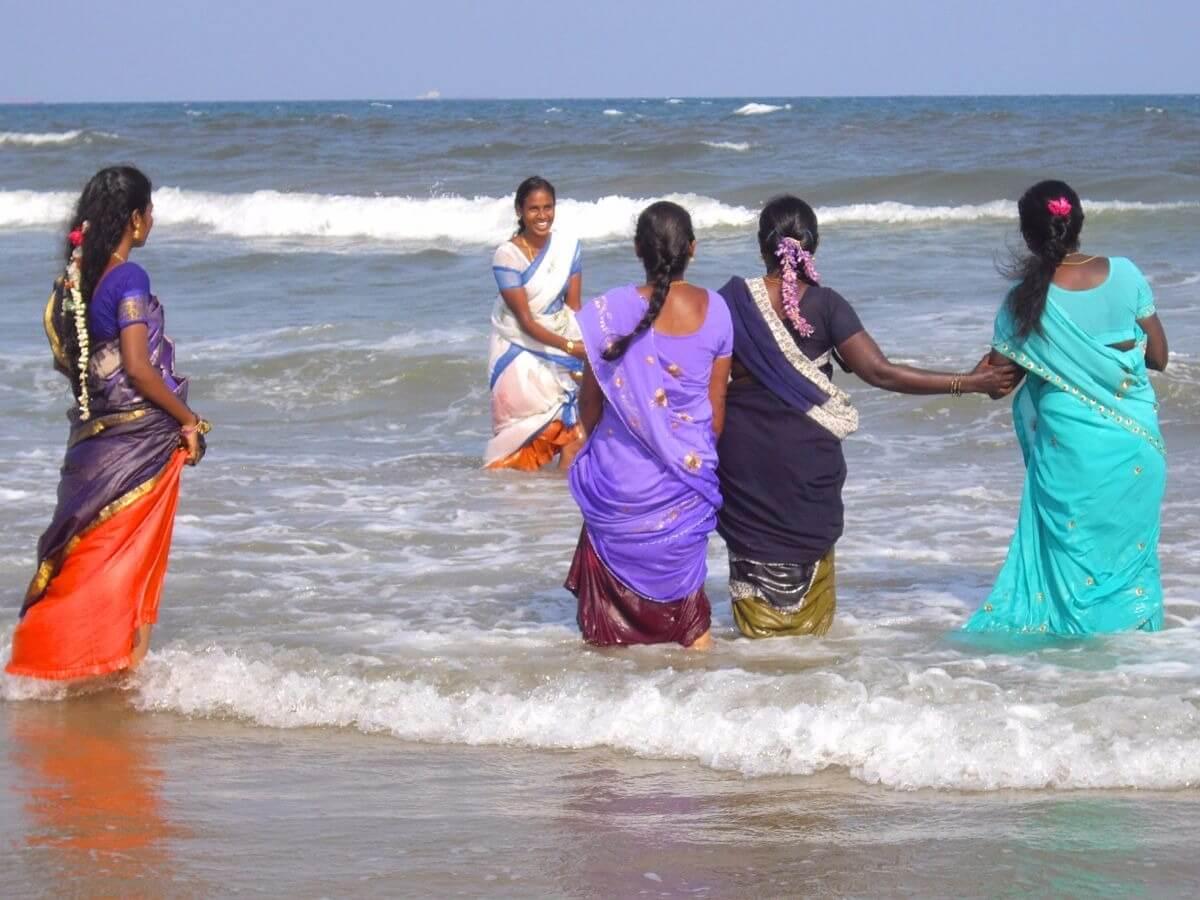 Madras beach with women in sari