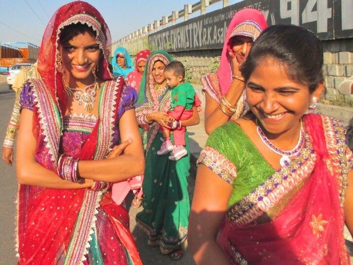 Procession de mariage près de Jaipur au Rajasthan Inde