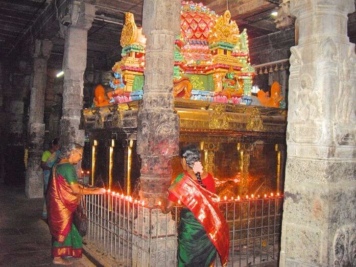 Famous temples in Tamil Nadu India - Ekambareshwara temple in Kanchipuram