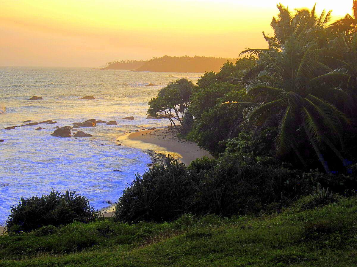 Plage de Tangalle Sri Lanka au coucher du soleil