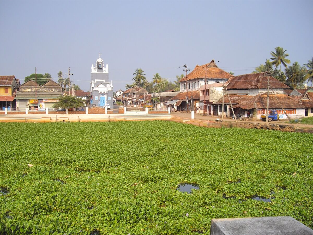 Port de Changanassery, qu'on peut rejoindre en ferry public par les backwaters d'Alleppey Kerala Inde du sud