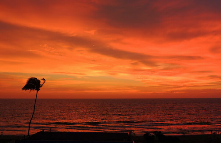 Places to visit in Kozhikode: Kozhikode beach
