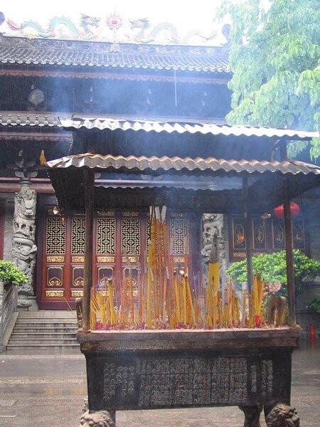 Que faire à Canton Chine : visiter le temple de Hua Lin