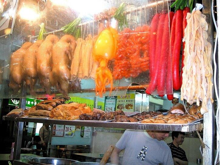 Où manger à Hong Kong : Etals du marché de Temple Street
