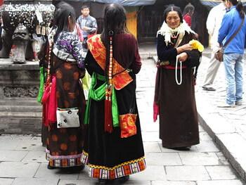 Tibétaines de l'Amdo au monastère de Kumbum