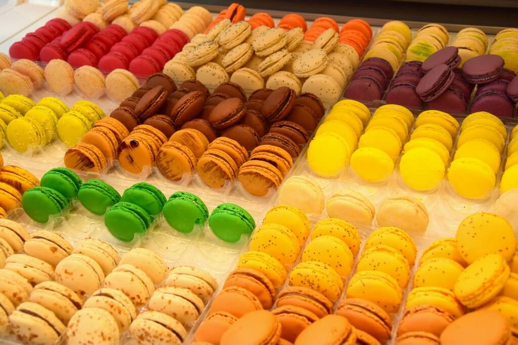 colored macaroons beautifully aligned in Bamas' shop in Bayonne