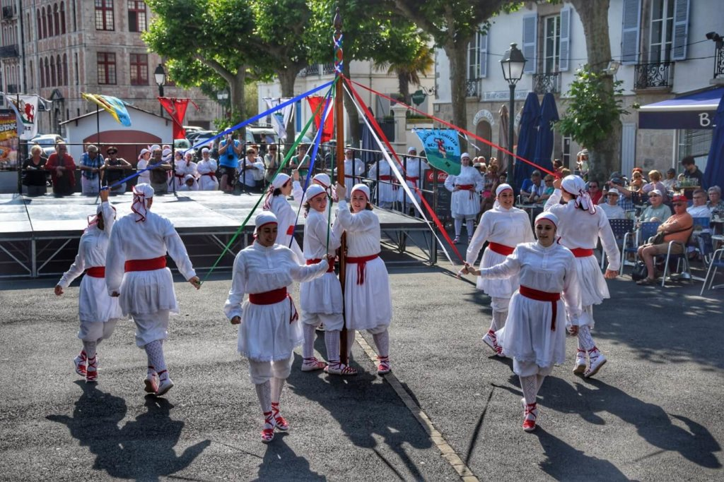 Basque dancers from Guipzkoa