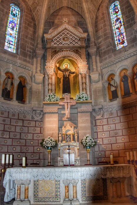 Choeur de la basilique Saint François Xavier à Javier