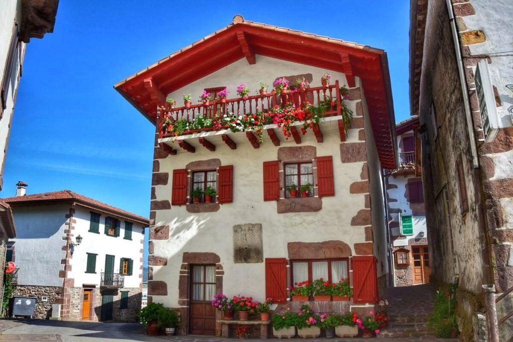 Sejour Pays Basque à Zugarramurdi Navarre