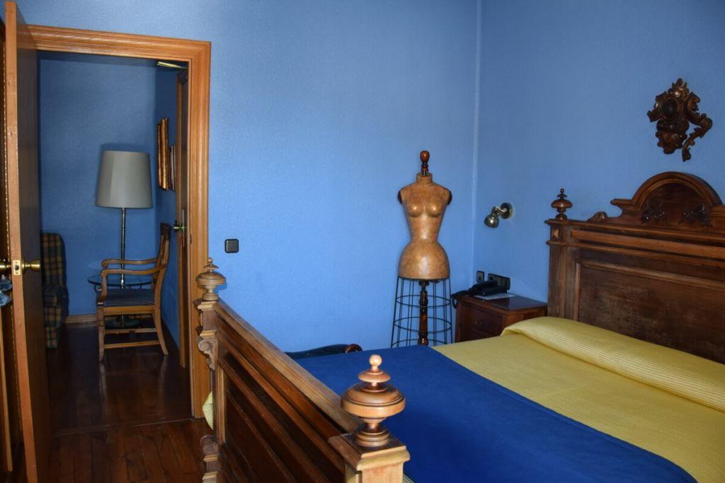 Review of double room Xabier hotel Javier Spain