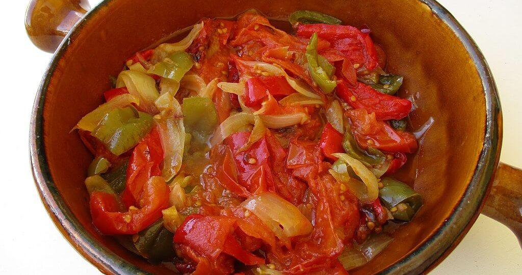 A plate with Basque piperade