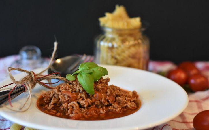 assiette d'axoa de veau pays basque
