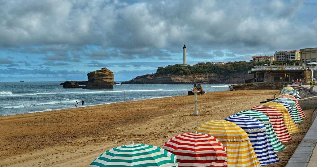Tentes de la grande plage Biarritz