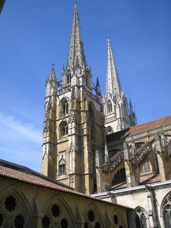The two spires of Bayonne Cathedral from the cloister