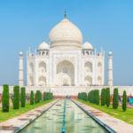 """The Fascinating Taj Mahal History in """"Taj"""" By Timeri N. Murari"""