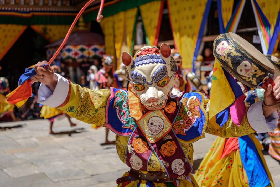 Lama performing the mask dance at Hemis festival