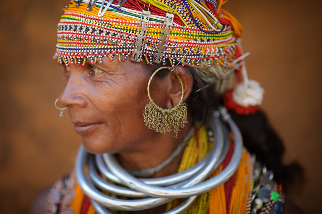 Femme de la tribu Bonda, avec ses ornements traditionnels