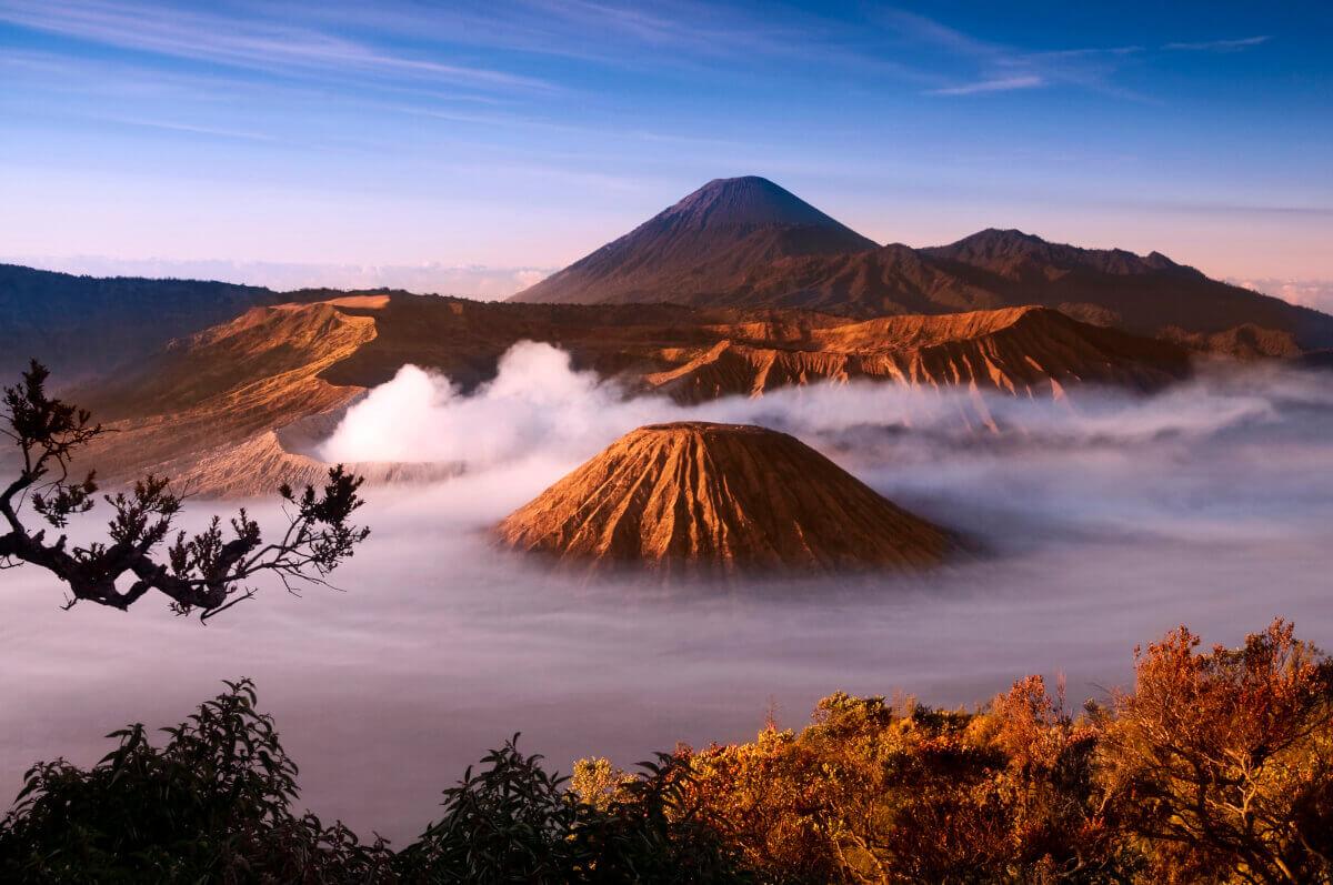 Read more about the article Idéal Premier Voyage en Asie : Blog Voyage Java Indonesie